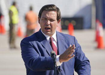 El gobernador de Florida, Ron DeSantis. Foto: AP.