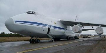Avion ruso militar An-124 Ruslán que transporta la ayuda humanitaria hacia Cuba. Foto. sputniknews.com