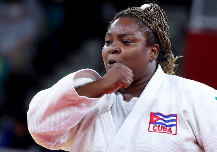 Idalys Ortiz ganó su cuarta medalla olímpica consecutiva. Foto: Ritchie B. Tongo/EFE.