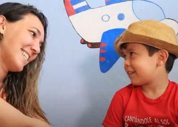 Claudia y su hijo Lucas (Chamaquili).