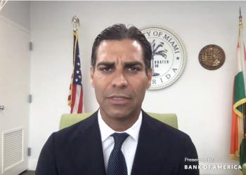 El alcalde de Miami, Francis Suárez. | Foto: Axios.
