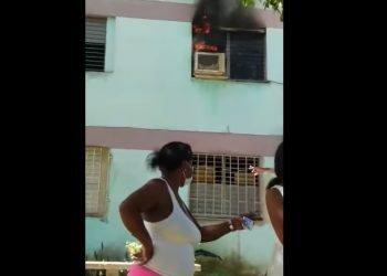 Captura de pantalla de uno de los videos que circulaban del hecho en Facebook.