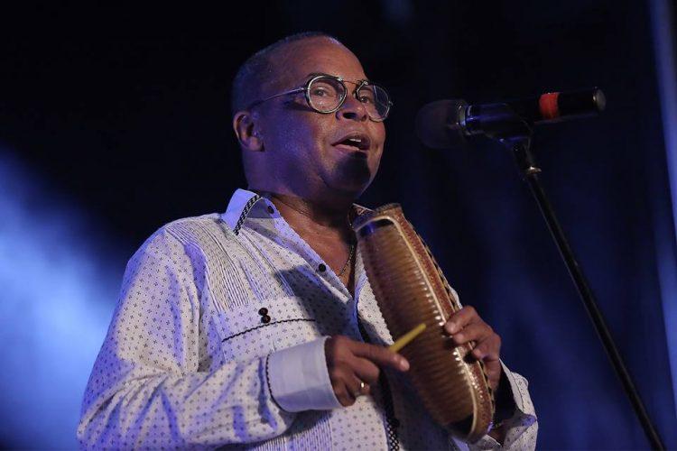 El maestro Adalberto Álvarez. Foto: Suena Cubano.