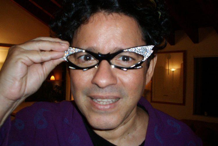El reconocido artista de la plástica cubana Arturo Cuenca. Foto: in-cubadora.org