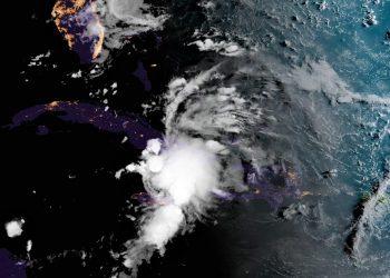 Imagen de satélite de la depresión tropical Fred. Foto: NOAA NWS national Hurricane Center/Facebook.