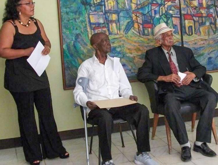 Homenaje a José Loreto Horruitiner (der) en Santiago de Cuba. Foto: Fundación Caguayo/Facebook.