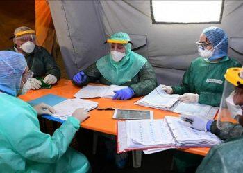 Colaboradores cubanos de la salud en Lombardía. Foto: El Periódico.