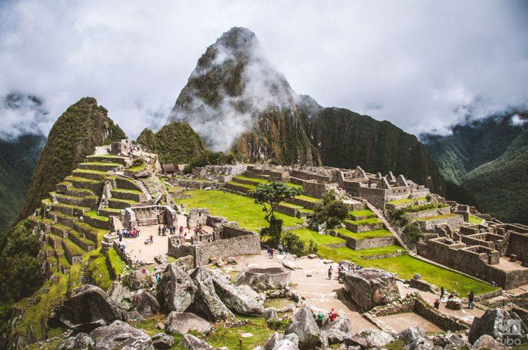 """La ciudad inca de Machu Picchu, ubicada en las alturas de las montañas de los Andes en Perú, conocida como """"La Ciudad Perdida de los Incas"""". Fue declarada Patrimonio Histórico y Cultural de la Humanidad por la Unesco en 1981 y es uno de los conjuntos arqueológicos más famosos y espectaculares del mundo. Foto: Kaloian Santos Cabrera."""