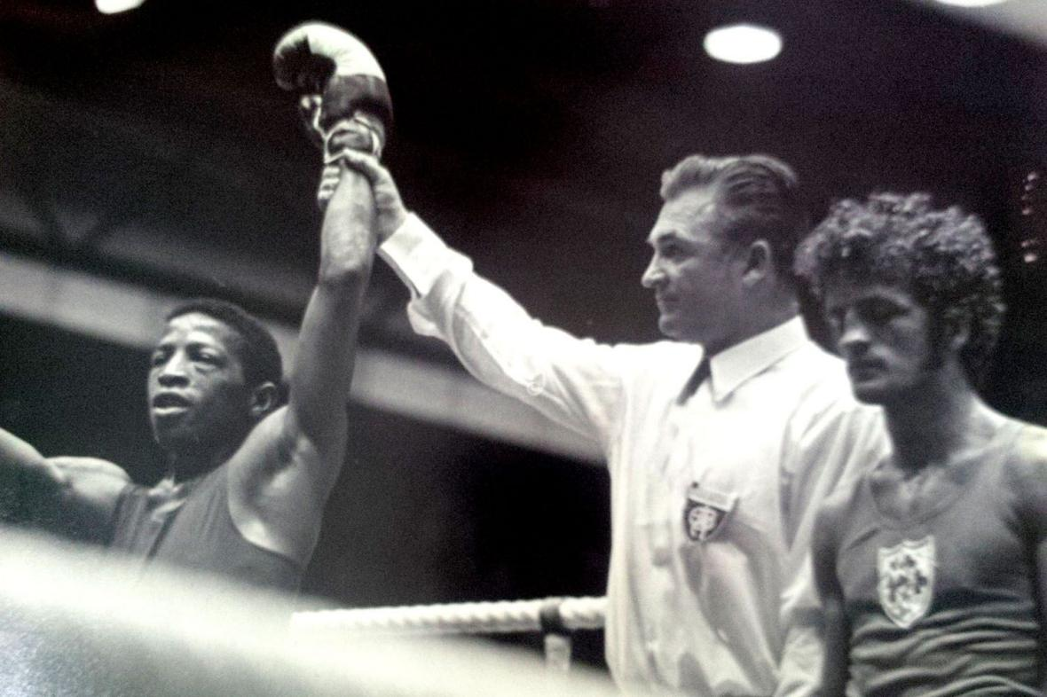 Orlando Martínez (left) is declared the winner in one of his fights at the Munich Olympics. Photo: Taken from The Times.