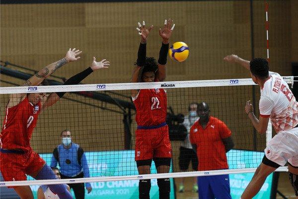 Acción de juego del partido entre Cuba y Baréin, ganado por los cubanos, en el Campeonato Mundial Sub-21 de voleibol masculino. Foto: FIVB vía Jit.