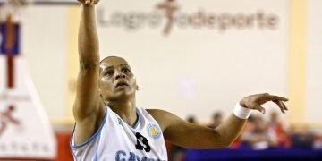 Licet Castillo fue protagonista en los triunfos de la selección cubana de baloncesto durante la década del 90 e inicios del presente siglo. Foto: Cortesía de la entrevistada.