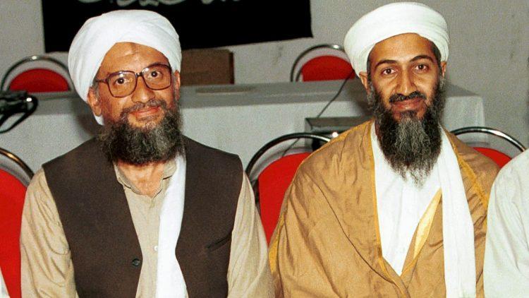 Ayman al-Zawahiri (izquierda) con con Osama bin Laden. Foto: