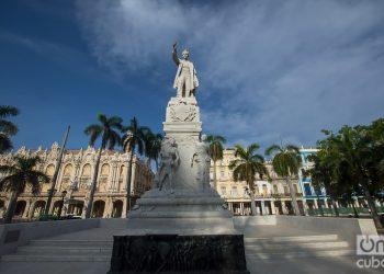 La primera estatua de José Martí erigida en Cuba fue la del Parque Central, La Habana, Cuba. Foto: Otmaro Rodríguez