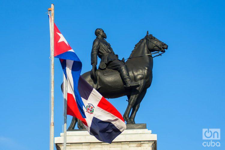 Estatua ecuestre del General Máximo Gómez, mirando hacia el mar, La Habana Cuba. Foto: Otmaro Rodríguez