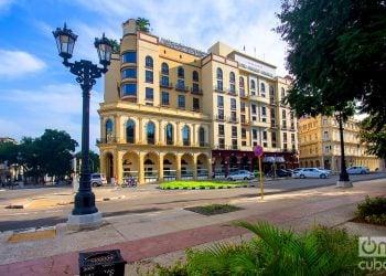 El Hotel Parque Central, de la Cadena Iberostar, en La Habana. Foto: Otmaro Rodríguez.