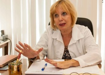 Guzmán Tirado, directora del Centro de Investigación del Instituto Pedro Kouri (IPK) del Instituto de Medicina Tropical de La Habana, fue la galardonada para América Latina y el Caribe. Foto: mediccreview.org/Archivo.