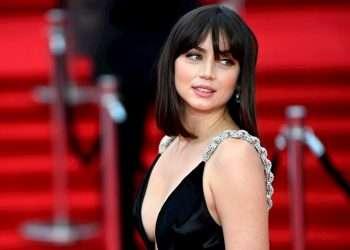 """La actriz cubana Ana de Armas en el estreno mundial de la nueva película de James Bond """"No Time To Die"""", en el Royal Albert Hall de Londres, Gran Bretaña, el 28 de septiembre de 2021. Foto: Neil Hall / EFE."""