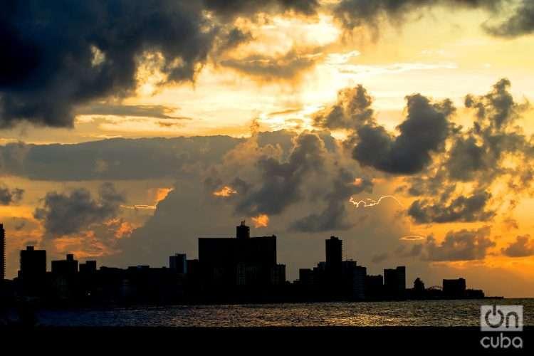 Malecón de La Habana, octubre 2021, Cuba. Foto: Otmaro Rodríguez