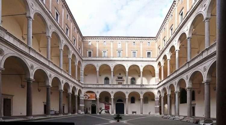 Palazzo della Cancellería, Roma. Foto: Wikimedia Commons.