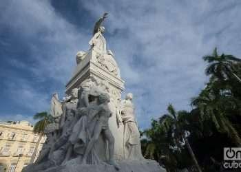Monumento a José Martí en Parque Central de La Habana, Cuba, obra del escultor cubano, residente en Italia, José Villalta de Saavedra. Foto: Otmaro Rodríguez
