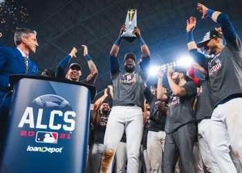 Yordan Álvarez lideró a los Astros rumbo a su tercera Serie Mundial en cinco años. Foto: Houston Astros/Twitter.