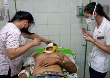 Los lesionados reciben atención médica en el Hospital Camilo Cienfuegos de Sancti Spíritus. Foto: Escambray/Yoan Pérez.