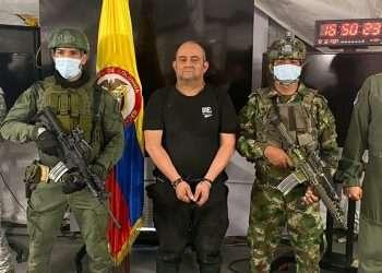 """El narco Dairo Antonio Úsuga, alias """"Otoniel"""", capturado por fuerzas colombianas en la selva. Foto: Style heavens."""