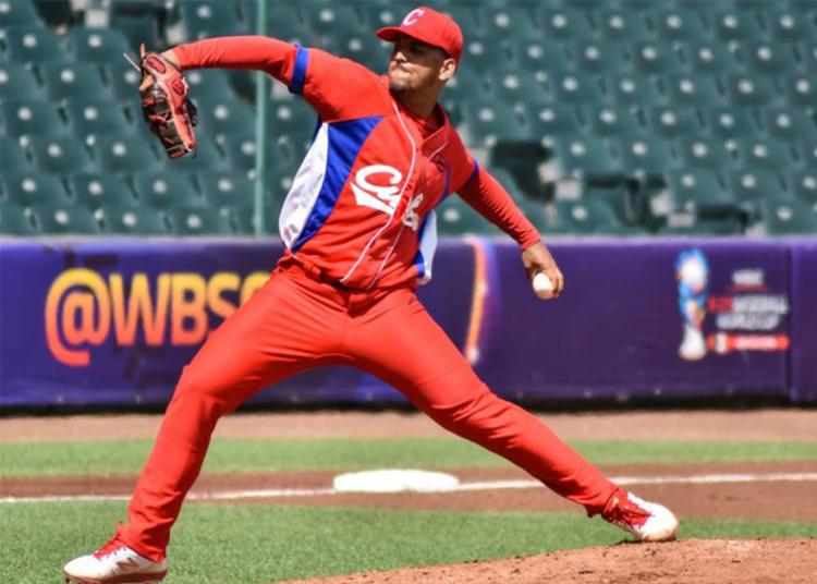 Cuba ha perdido a buena parte de sus principales talentos en el béisbol durante los últimos años y corre el riesgo de ver partir a muchos más si no cambian cosas. Foto: Tomada de WBSC.