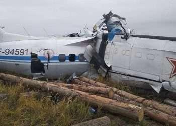 Al menos 16 personas (en su mayoría paracaidistas) fallecieron en un accidente aéreo en Rusia. Foto: Tomada del diario AS.